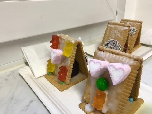 Weihnachtsbasteln Mit Süßigkeiten.Unser Weihnachtsbasteln Leobande